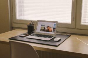 home office, notebook, desk-438386.jpg